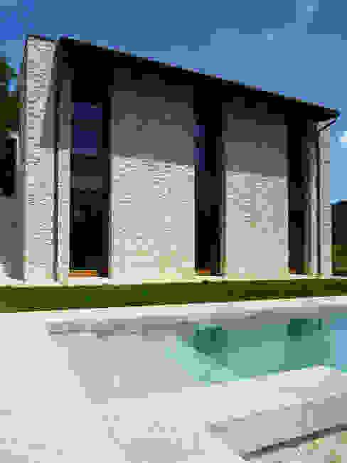 โดย Stefano Zaghini Architetto คันทรี่