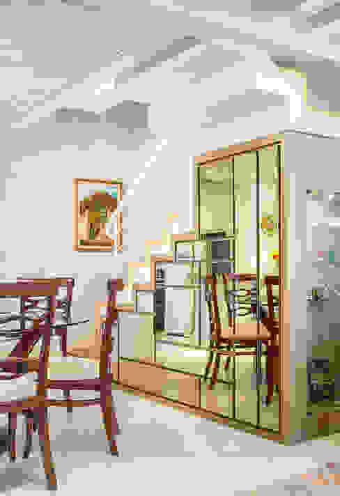 Sobrado triplex Integrado Salas de jantar modernas por Juliana Lahóz Arquitetura Moderno