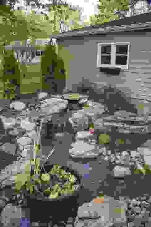 Jardines de estilo  por Bio Göl Havuz (Biyolojik Gölet ve Havuz Yapısalları)