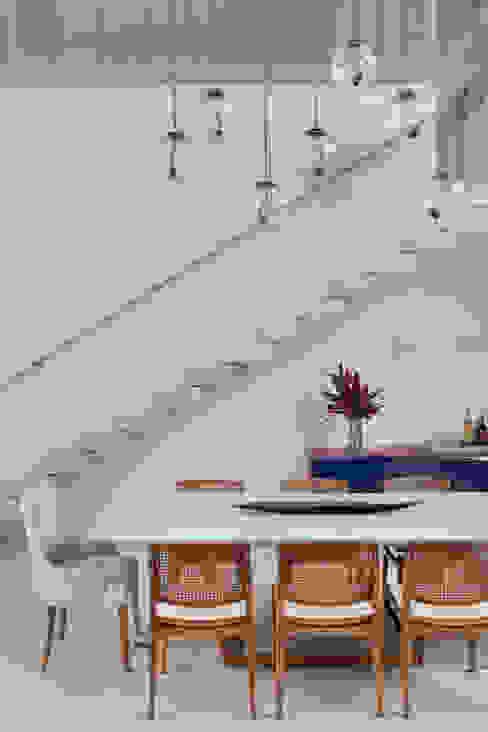 jantar Salas de jantar modernas por homify Moderno