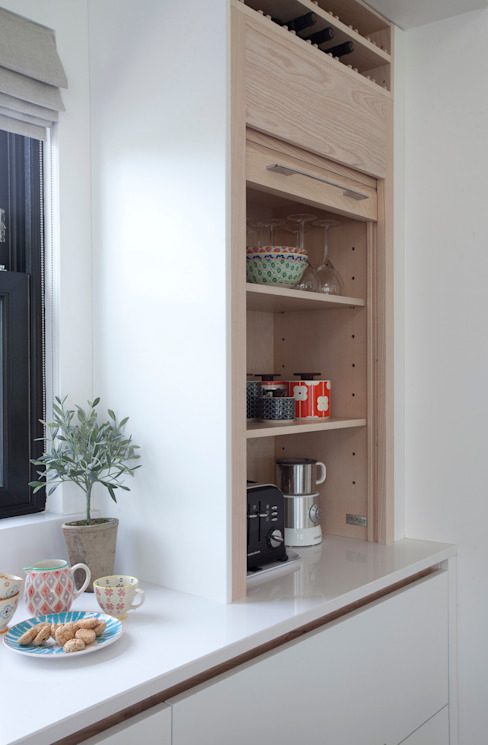 Kitchen by Designer Kitchen by Morgan, Modern