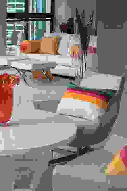 Eclectic style balcony, veranda & terrace by Brunete Fraccaroli Arquitetura e Interiores Eclectic