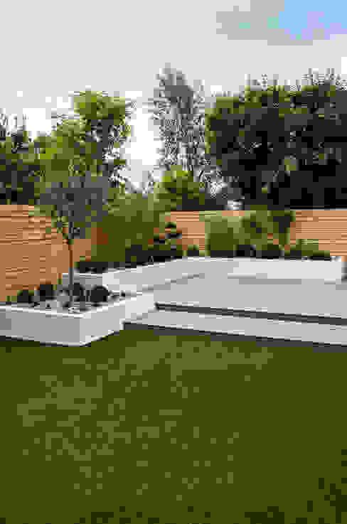Jardines de estilo  por Yorkshire Gardens,