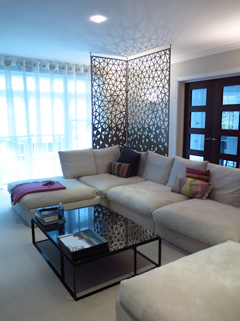 Laser cut screens - Room divider - Crackle design. Modern living room by miles and lincoln Modern