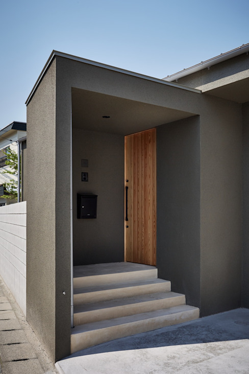 Nhà phong cách tối giản bởi toki Architect design office Tối giản