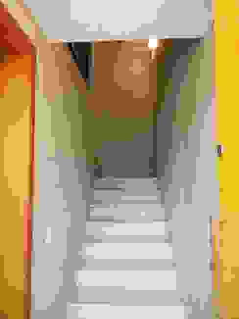 Hall da entrada principal Corredores, halls e escadas rústicos por Metamorfose Arquitetura e Urbanismo Rústico