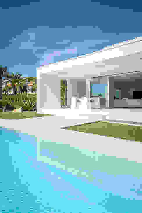 منازل تنفيذ 08023 Architects , بحر أبيض متوسط