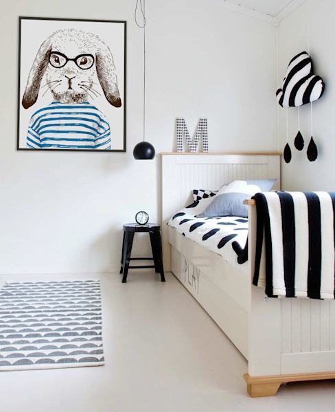 Smart Rabbit Modern nursery/kids room by Pixers Modern
