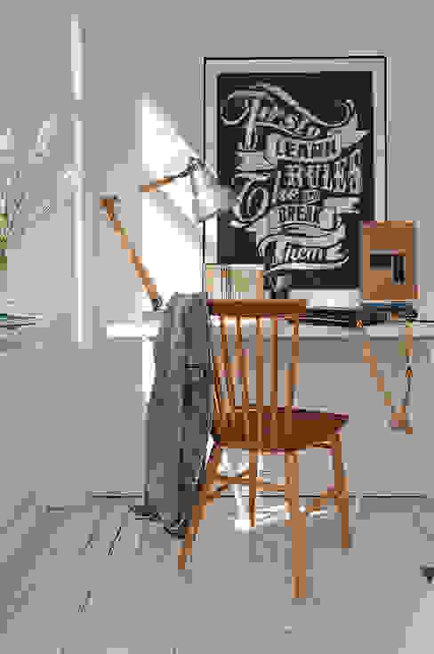 Rules Oficinas de estilo moderno de Pixers Moderno