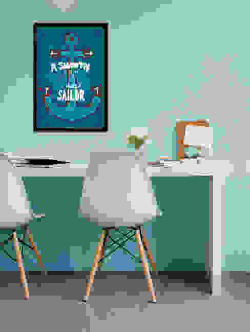 Smooth Sailor Oficinas de estilo moderno de Pixers Moderno