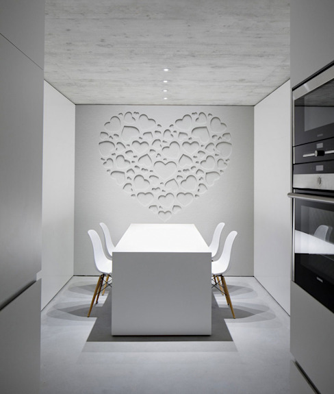 White Heart Minimalist dining room by Pixers Minimalist