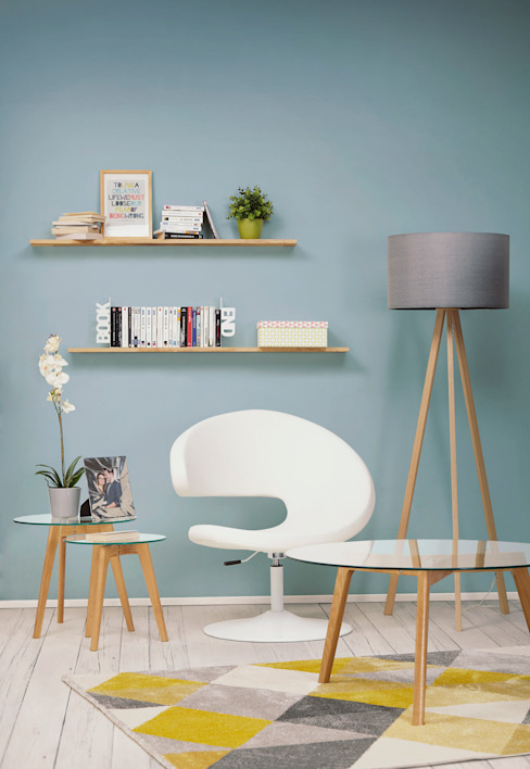 homify Living roomSide tables & trays Wood effect