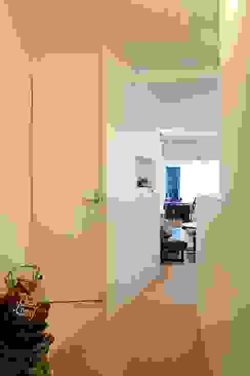 Koridor dan lorong by 株式会社ブルースタジオ