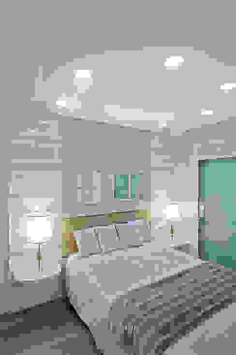 Dormitorios modernos de Arquiteto Aquiles Nícolas Kílaris Moderno Tablero DM
