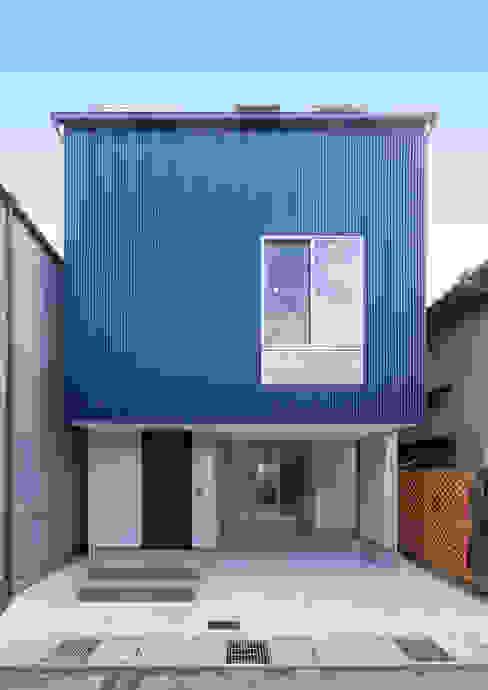 Casas modernas: Ideas, diseños y decoración de 中村建築研究室 エヌラボ(n-lab) Moderno