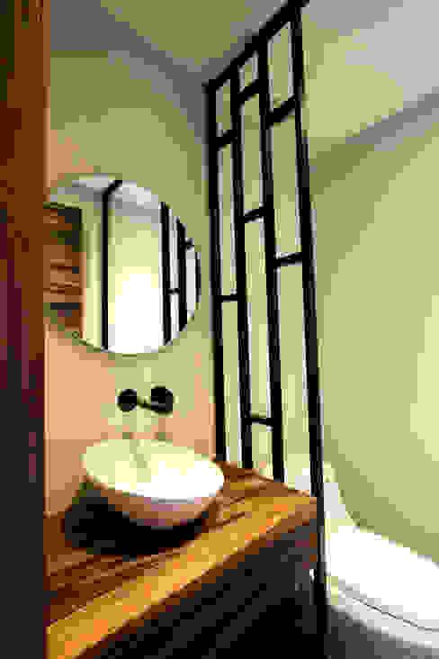 ห้องน้ำ โดย Concepto Taller de Arquitectura, โมเดิร์น