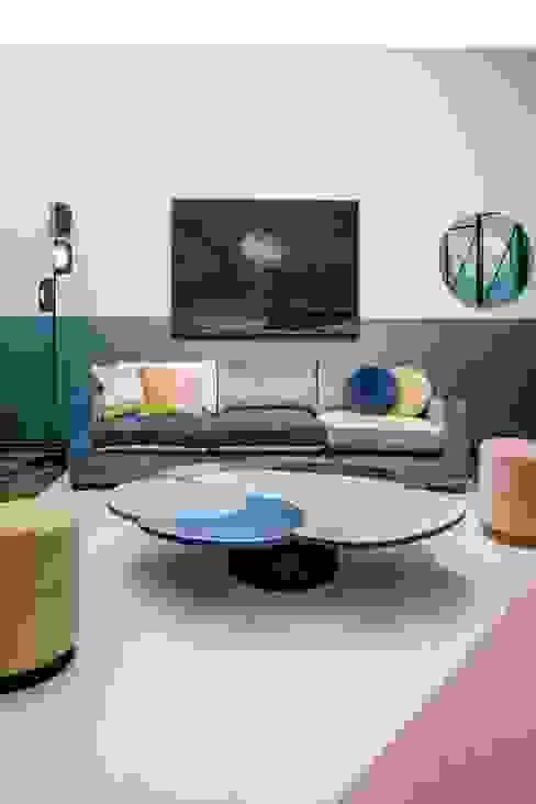 Living room by M.M. Lampadari, Modern