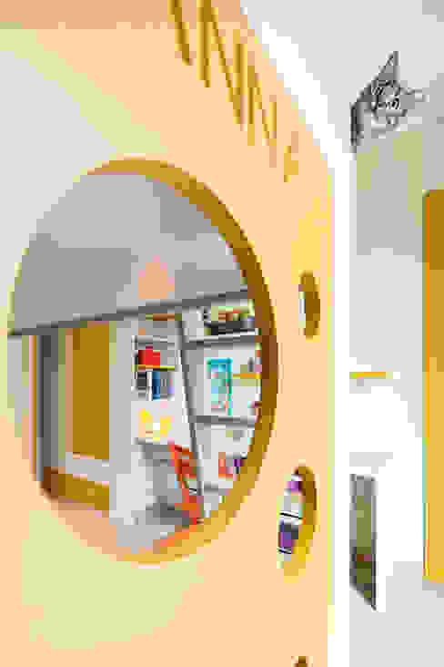 Five little pigs - Un casa per tanti bambini 23bassi studio di architettura Camera da letto moderna