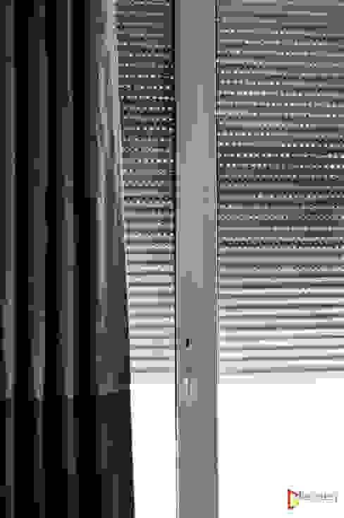 Cortina europea para hoteles: Hoteles de estilo  por Fensteq,