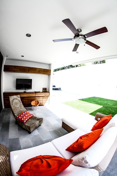San Angel 2M Arquitectura Salas multimedia modernas