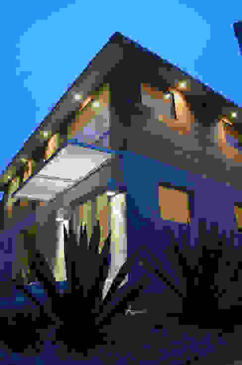 Modern houses by Erika Winters Design Modern