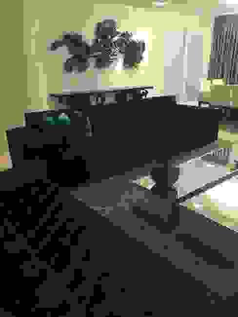 Laura Picoli Living roomFireplaces & accessories Aluminium/Zinc Black