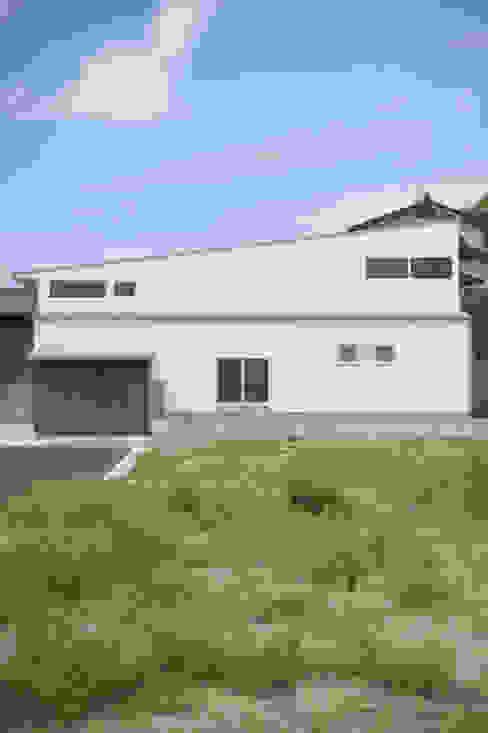 外観 モダンな 家 の 加藤淳一級建築士事務所 モダン