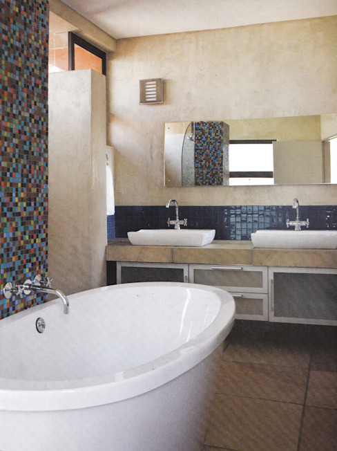 Boshuis, Bloemfontein, Free State, South Africa Modern bathroom by Smit Architects Modern