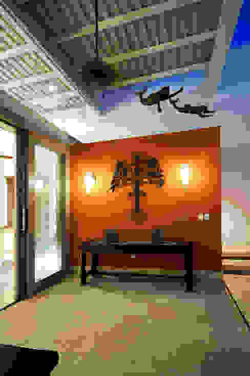 La Casa de las Sirenas Balcones y terrazas modernos de Ancona + Ancona Arquitectos Moderno