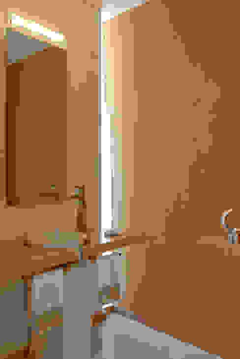 Phòng tắm theo Agraz Arquitectos S.C.,
