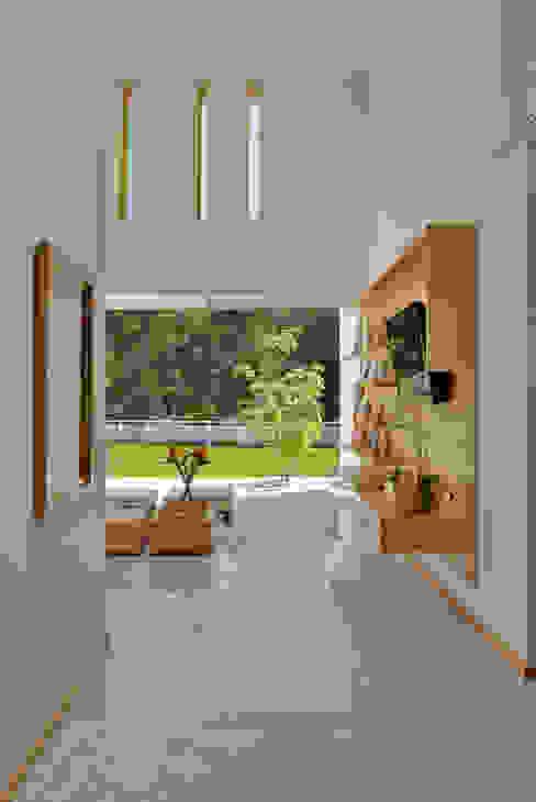 Fotografía: Mito covarrubias: Salas de estilo  por Agraz Arquitectos S.C.