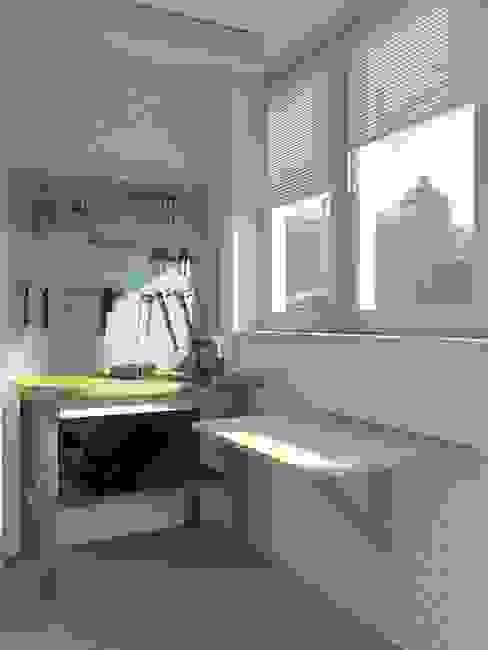 Рублевское шоссе Балконы и веранды в эклектичном стиле от SunWaveStudio Эклектичный