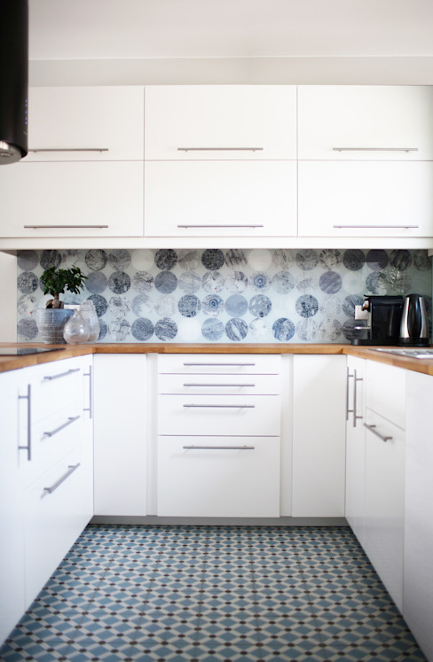 Scandinavian style kitchen by Formea Studio Scandinavian Glass