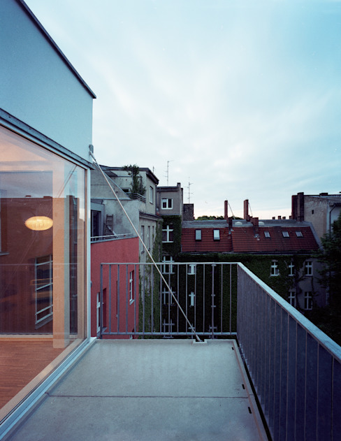 balcony Modern Terrace by brandt+simon architekten Modern