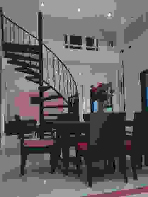 Casa Jhony: Comedores de estilo  por ARQUITECTOnico,
