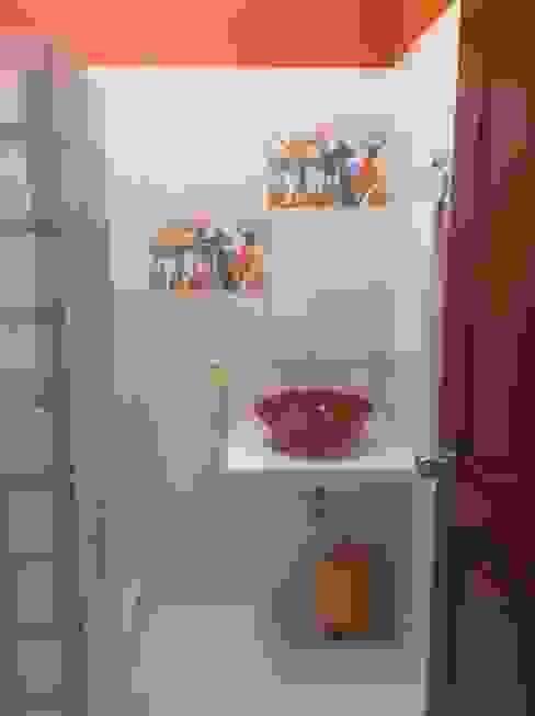 Casa Patricia R. - baño: Baños de estilo  por ARQUITECTOnico, Moderno