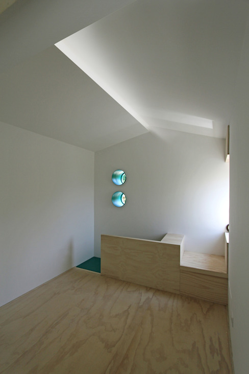 Piccolo Rifugio Privato in Collina Studio eclettico di sandra marchesi architetto Eclettico Legno Effetto legno