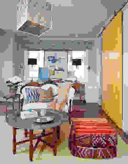 Media room by Andrea Schumacher Interiors