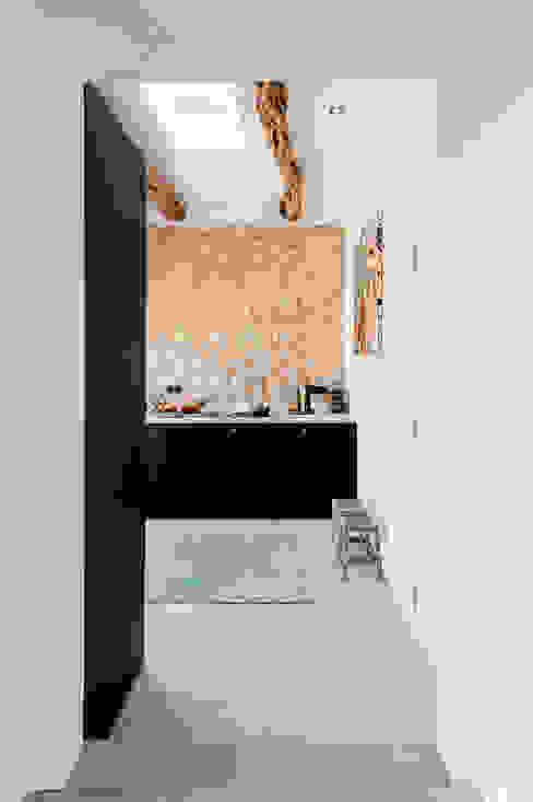 Кухни в . Автор – Ibiza Interiors - Nederlandse Architect Ibiza, Средиземноморский