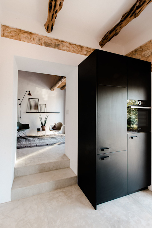 Kitchen by Ibiza Interiors - Nederlandse Architect Ibiza, Mediterranean