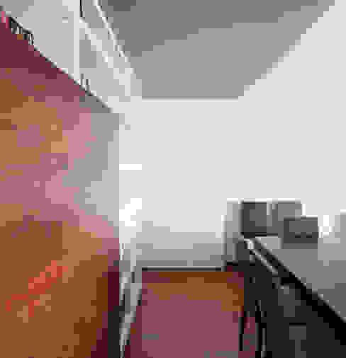 Apartamento Terraços da Ponte Salas de estar ecléticas por Estúdio AMATAM Eclético