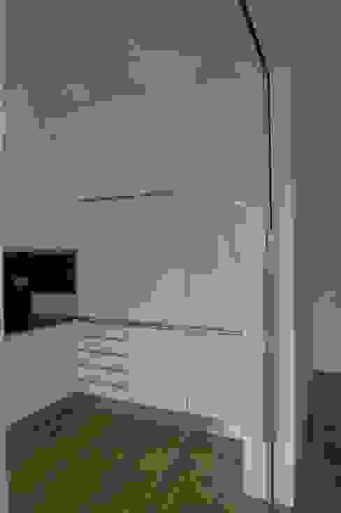 QFProjectbuilding, Unipessoal Lda Cocinas modernas Blanco