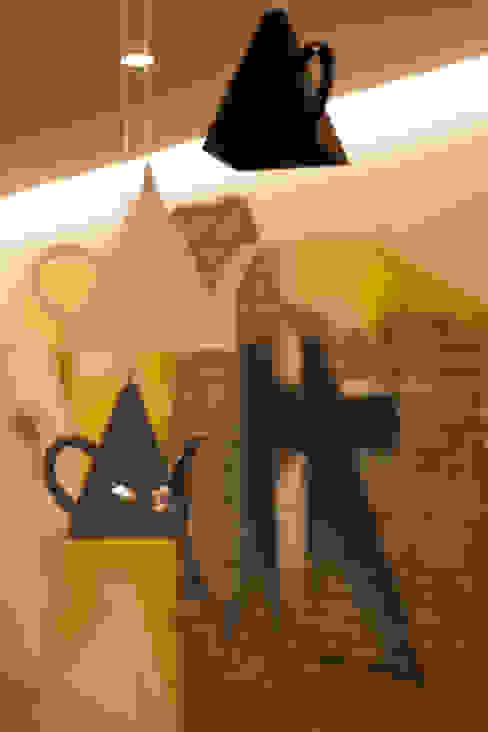 Cocinas de estilo ecléctico de Architettura & Interior Design 'Officina Archetipo' Ecléctico Cerámico