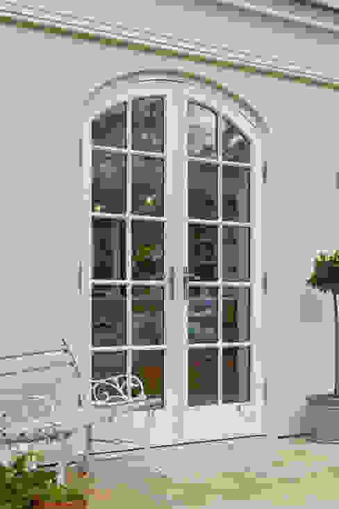 Luxurious Kitchen Diner Conservatory Vale Garden Houses Nhà kính phong cách đồng quê Gỗ Beige