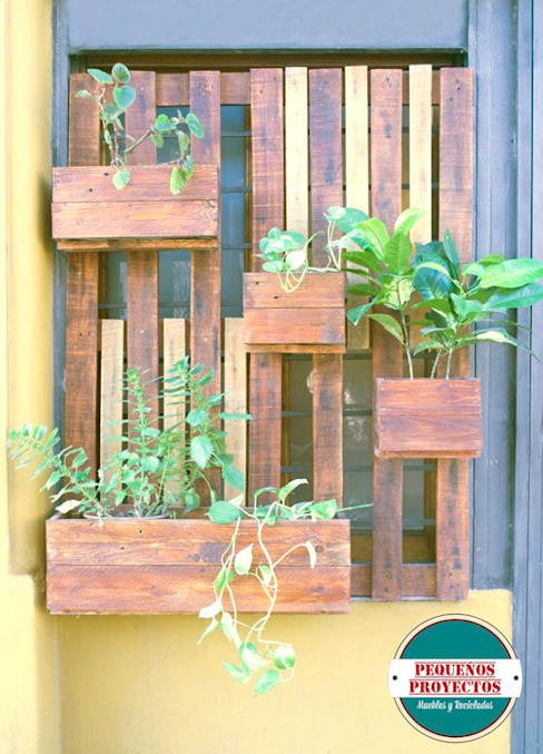 JARDÍN VERTICAL MOD. NICOSIA:  de estilo  por Pequeños Proyectos,Rústico Madera Acabado en madera