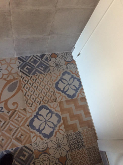 homify Mediterranean style walls & floors