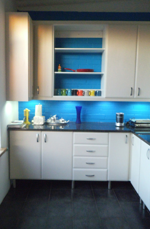 Right Hand Side Boss Custom Kitchens (PTY)LTD
