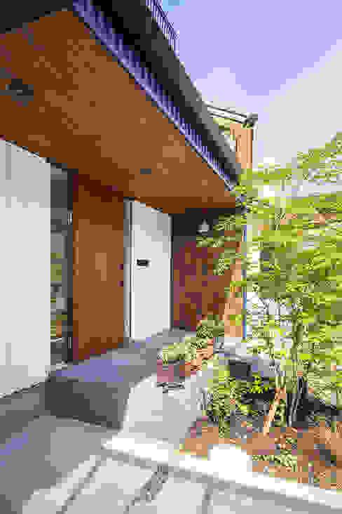 現代房屋設計點子、靈感 & 圖片 根據 祐建築設計事務所 現代風 木頭 Wood effect