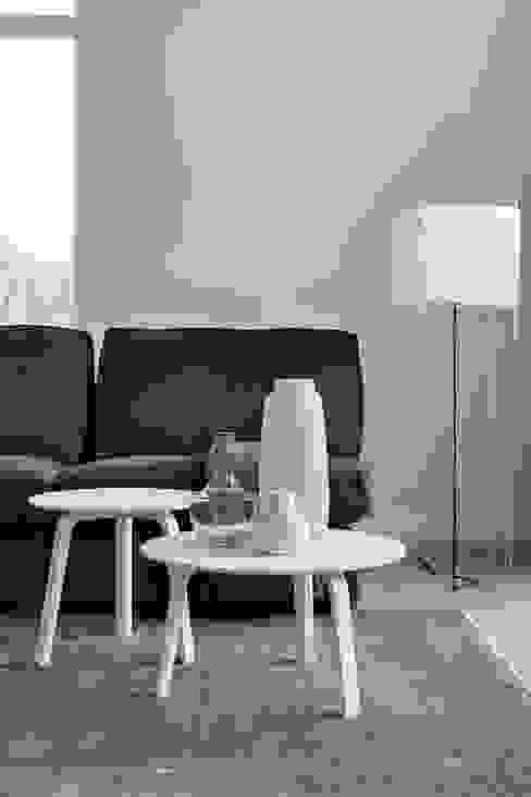 Eikelenburg Moderne woonkamers van Studio Mariska Jagt Modern