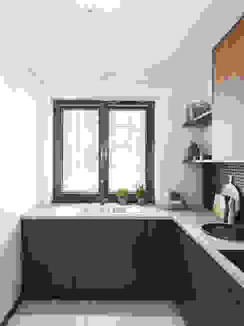 Modern Kitchen by Marta Wypych | pracownia projektowa Modern